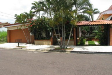 Cariari fully furnished single story home